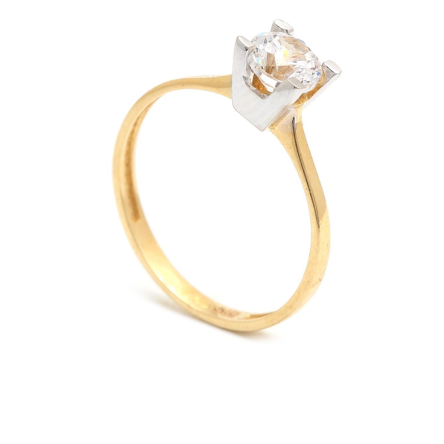 Zlatý zásnubný prsteň CARIDAD 4PK00259