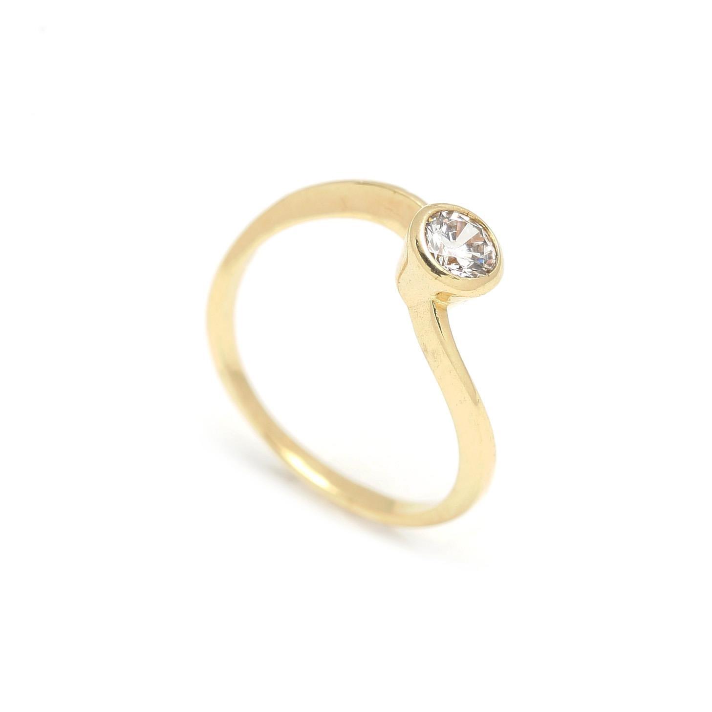 Zlatý zásnubný prsteň CELOSIA 2PZ00108