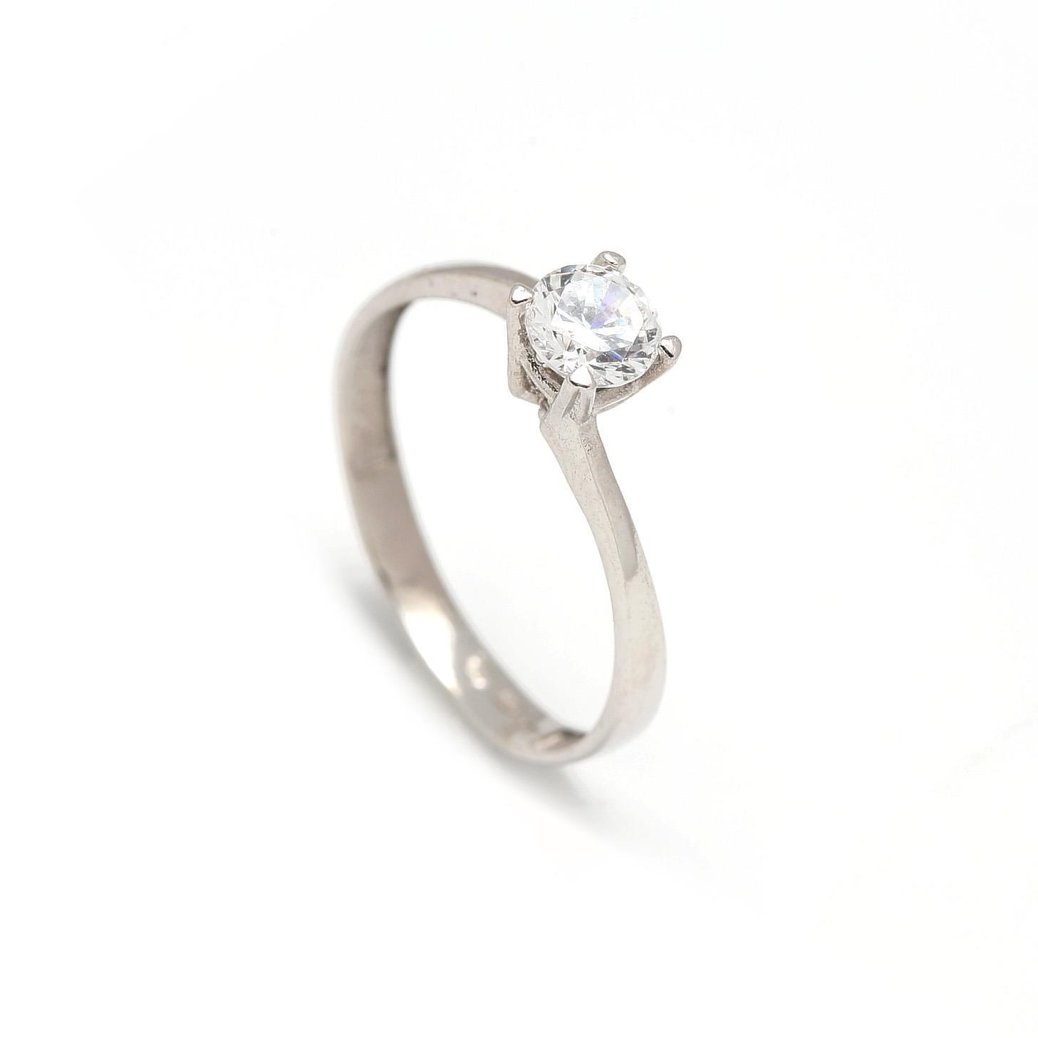 Zlatý zásnubný prsteň CLOVER white 2PB00113