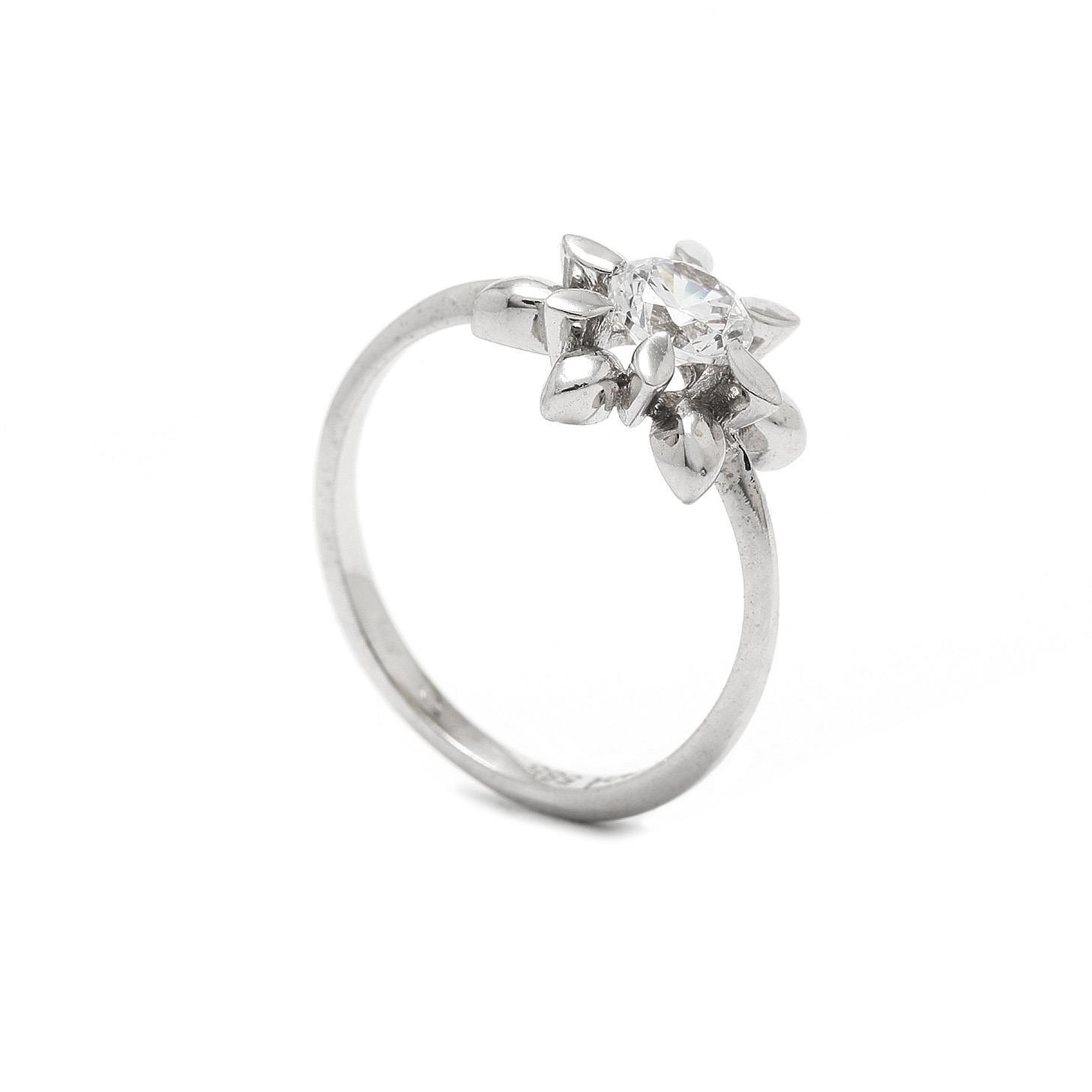 Zlatý dámsky prsteň DILARA